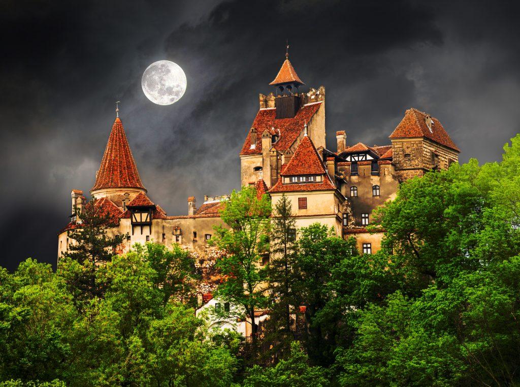 Dracula's Wedding Theme - Weddo Agency